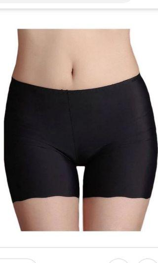 🚚 Black Seamless Safety Shorts