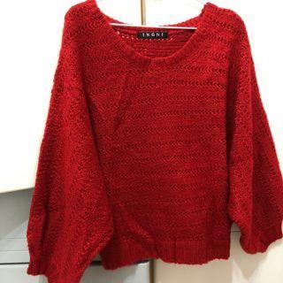 日本紅色毛衣