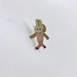 🚚 兔兔胸針🐰
