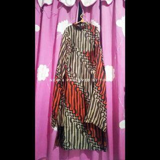 🌼 PRELOVED LIKE NEW🌼 UNBRAND 1Set Gamis Batik Parang Cape, Manset dan Kerudung Segi Empat Velvet