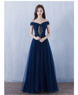 <DISCOUNT>Delilah Evening Gown https://bit.ly/2EdlzsD
