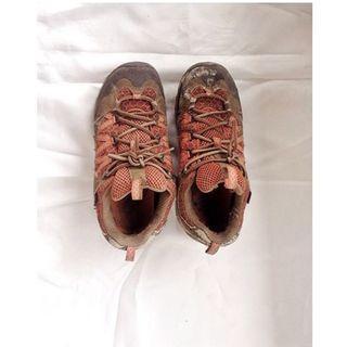 Merrell outdoor shoes / sepatu gunung