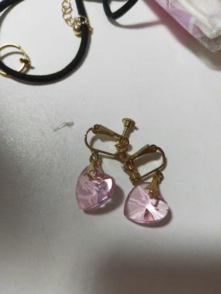 🚚 粉色愛心耳夾