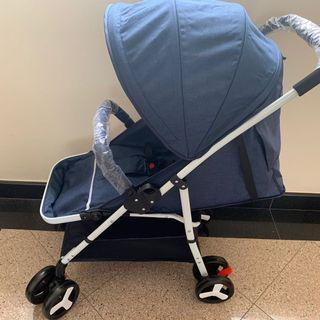 LIGHTWEIGHT ONE HAND FOLD REVERSIBLE STROLLER