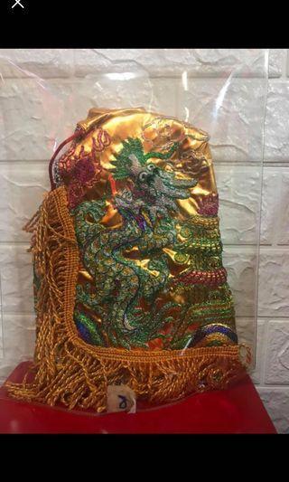 全新8寸金色龍袍加鳳帽