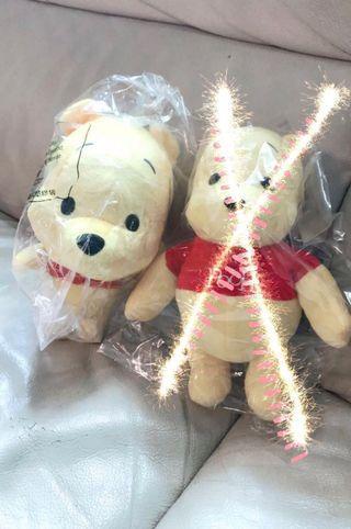 AIA Winnie the pooh公仔