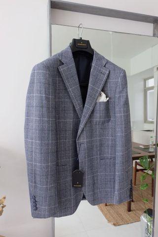 Unworn Suit Jacket Benjamin Barker