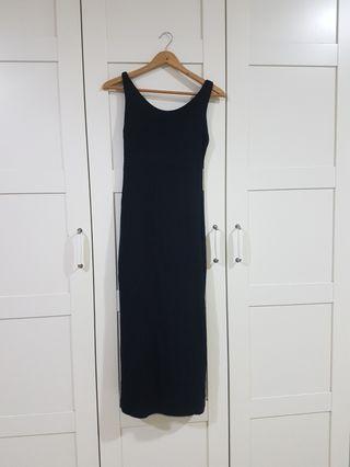 Black Dress with V back #est50