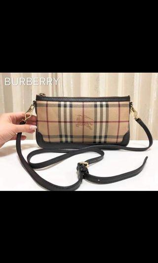 8ba7b1683906 AUTHENTIC BURBERRY SLING BAG
