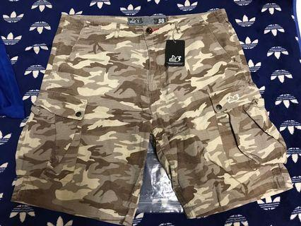 peaceful hooligan camo short