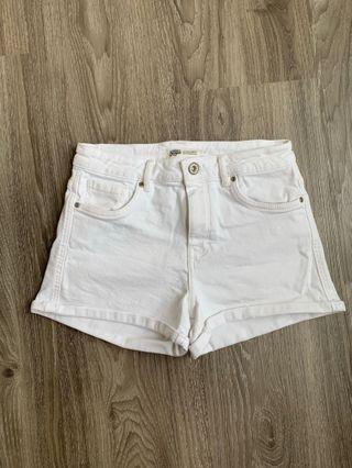 🚚 Zara denim shorts