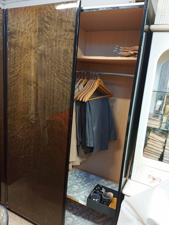 懷舊大衣櫃連全身鏡