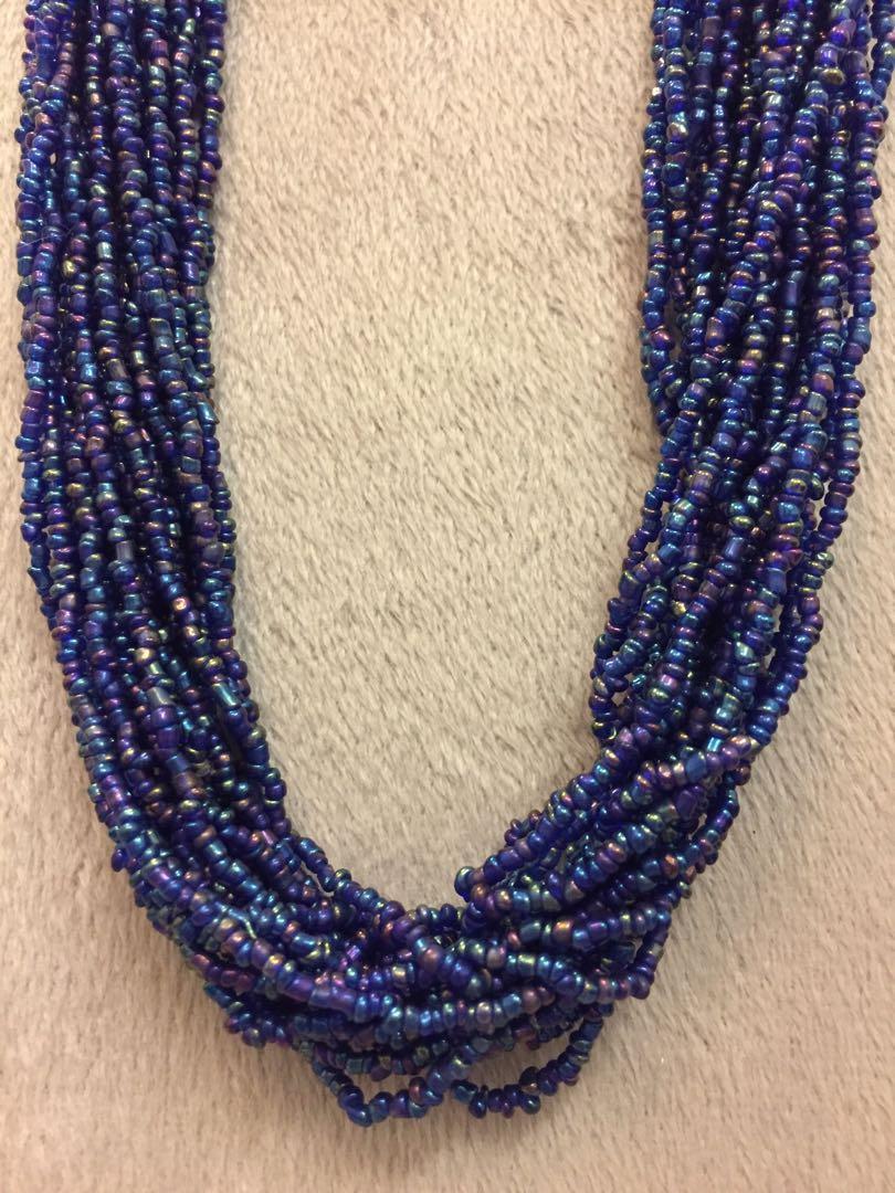 Blue shiny beads necklace 深藍色閃珠頸鏈