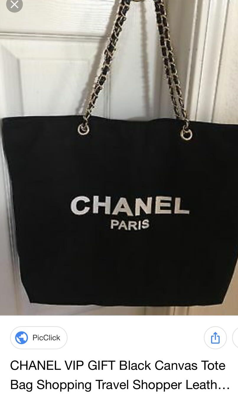dc8c8e32a82d90 Chanel Canvas Tote Bag, Luxury, Bags & Wallets, Sling Bags on Carousell