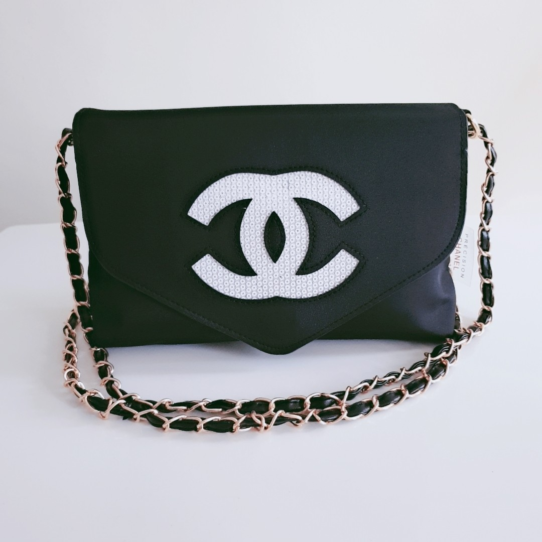 8dbf0806bb69 Chanel Sling Bag, Luxury, Bags & Wallets, Sling Bags on Carousell