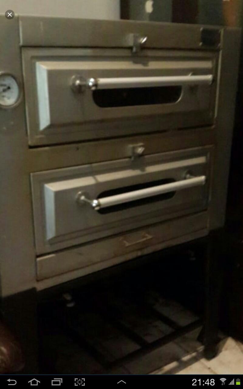 Dijual cepat mau pindahan, oven gas 2pintu Golden stars