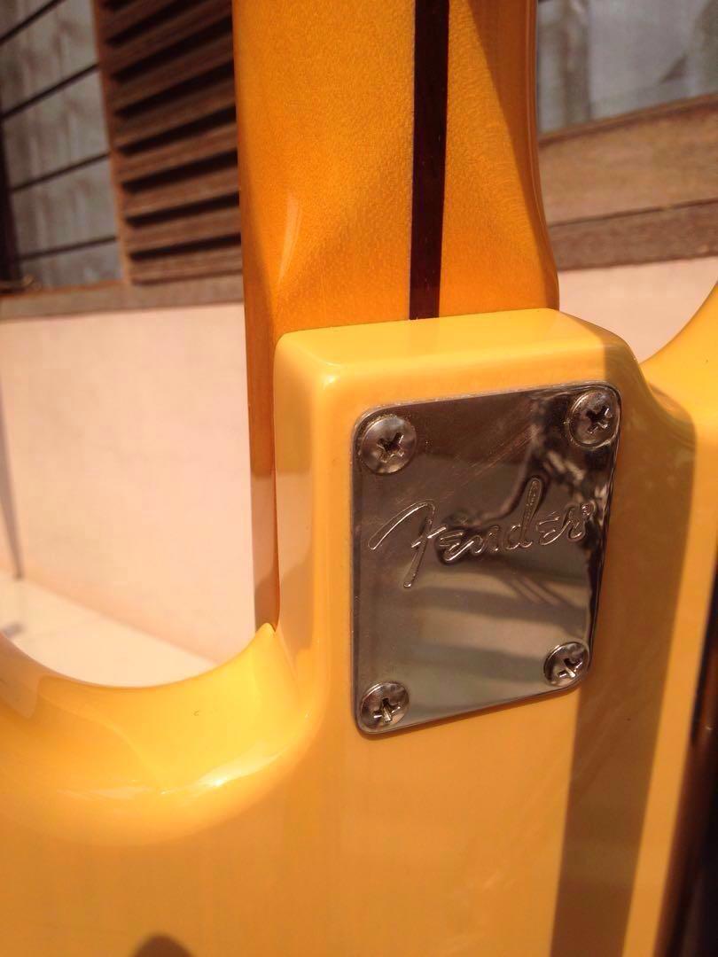 FENDER Modern Player Series TELECASTER BASS