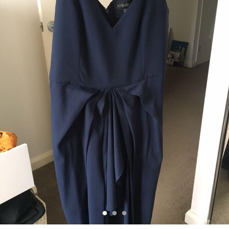FOREVER NEW - Navy Blue Formal Dress from the Petite Collection (Size 12AU)