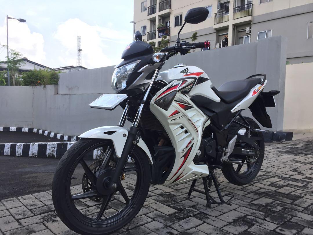 Honda CB150R 2014 Mulus
