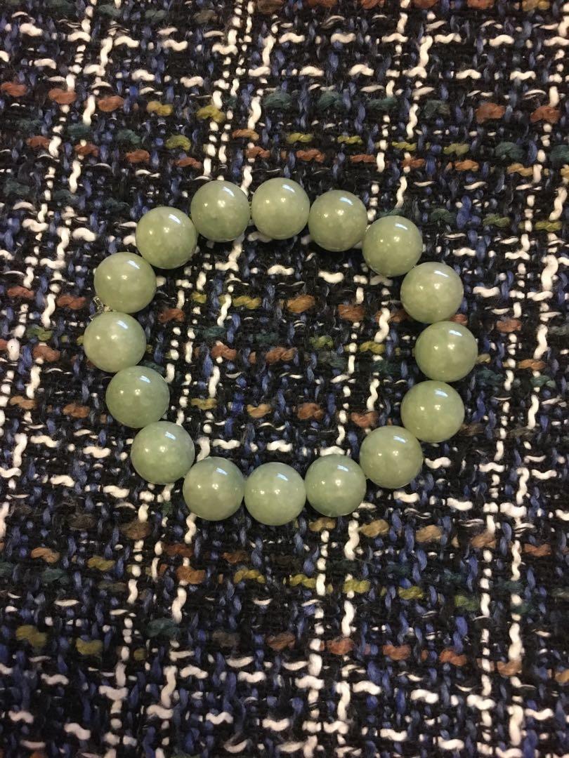 Jade bracelet 天然翡翠手鏈
