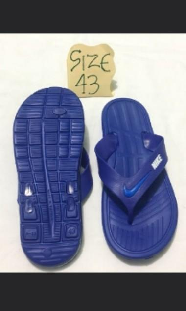 official photos d2e30 c88d2 Nike slippers for man.size 43, Men's Fashion, Footwear ...