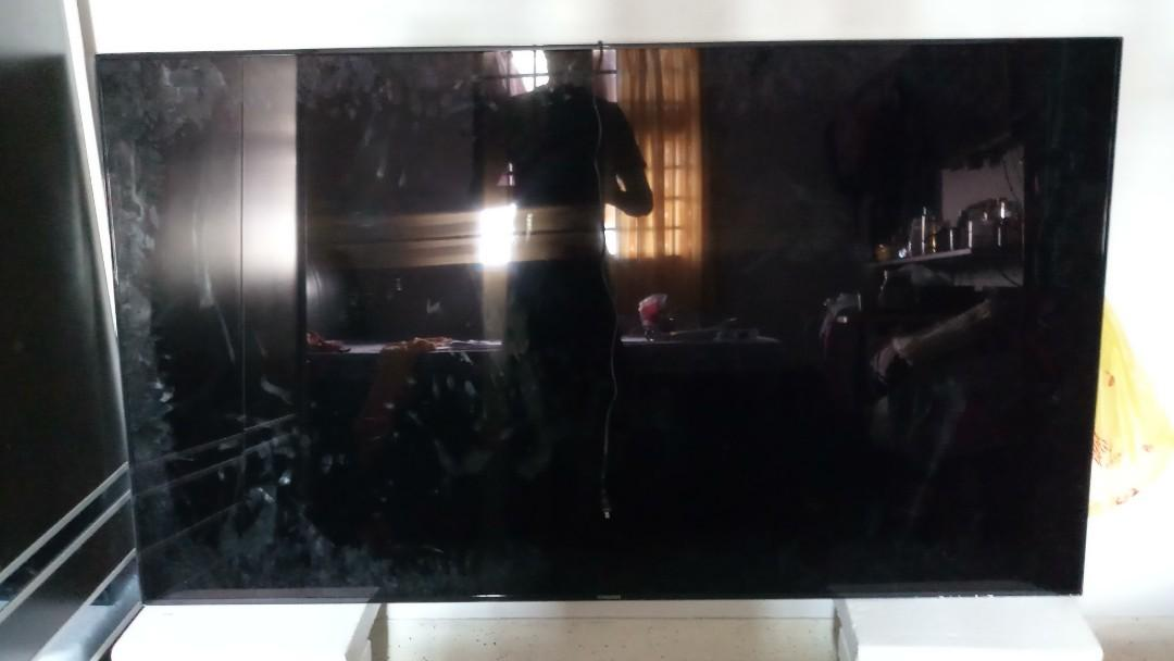 "Samsung 75"" Smart LED TV"