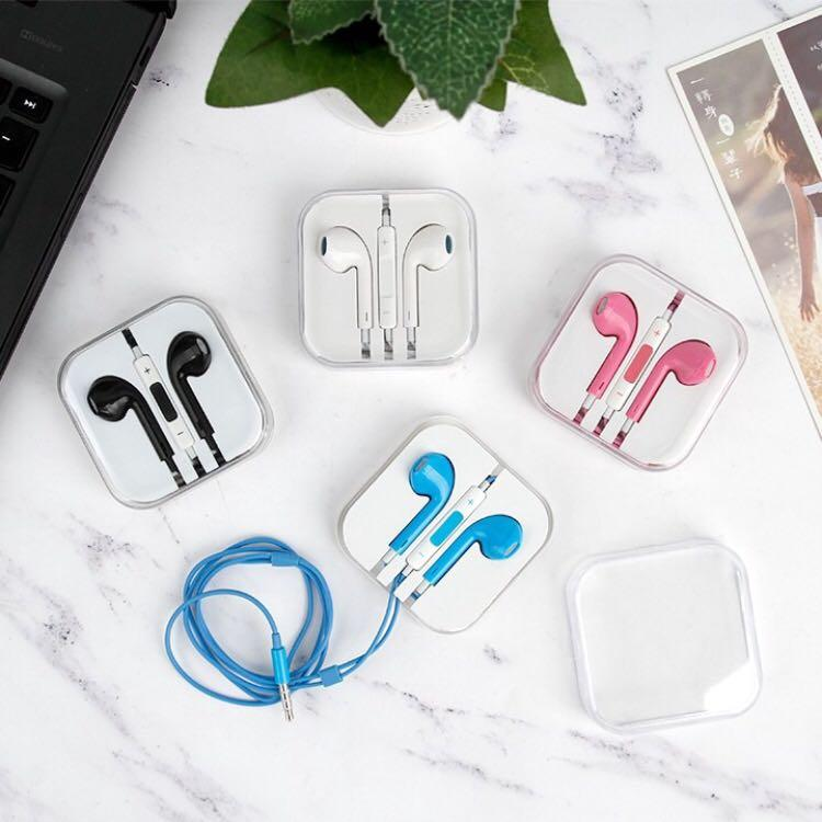 Smooth earphone