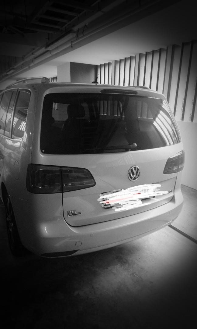 VW Touran Diesel 2015 years.