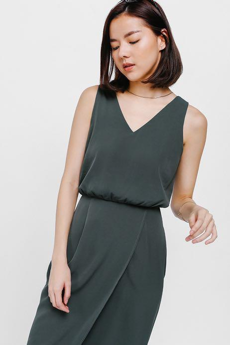 Yainsley Gathered Waist Foldover Midi Dress