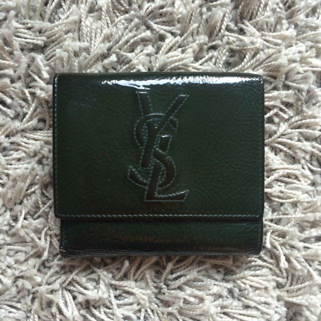 7ec63f0194b Yves Saint Laurent YSL Belle de Jour Compact Short Wallet in Vernice Forest  Green, Luxury, Bags & Wallets, Wallets on Carousell