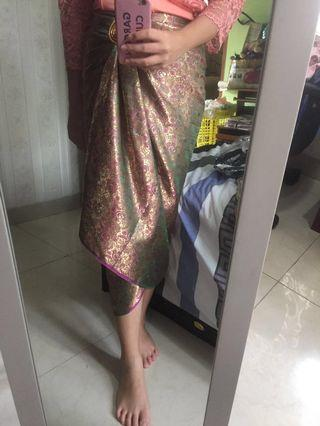 kain lilit batik