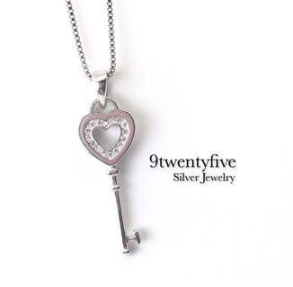 S925 Silver Love Key to my Heart Crystal Necklace