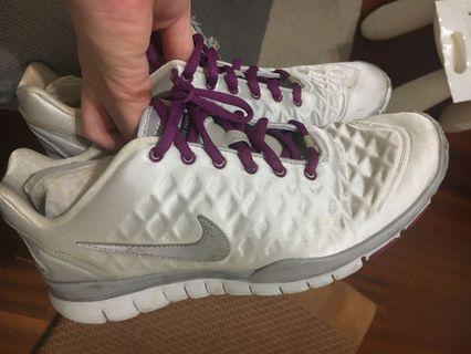 🚚 Nike女鞋運動鞋running二手少穿25.5cm