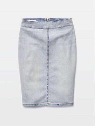 Aritzia The Castings light denim skirt size 2