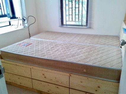 床 Queen Bed