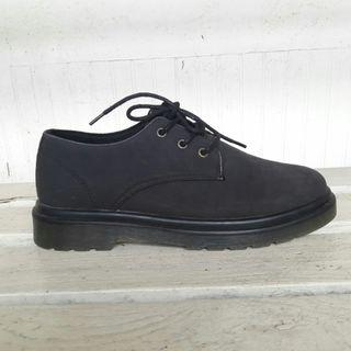 {reprice} Black Oxford Shoes