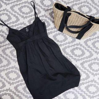 🚚 H&M casual black tank v-neck babydoll dress LBD