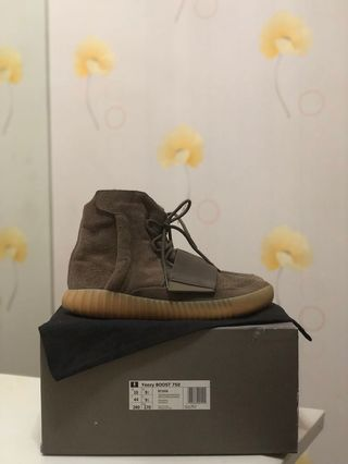 43f106b6a USED Adidas Yeezy Boost 750 Light Brown Gum   Chocolate US10