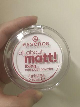 Essence fixing compact powder