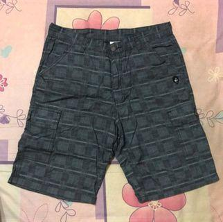 Target 黑人黑格紋短褲