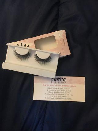 """Petite """"Queen"""" false lashes"""
