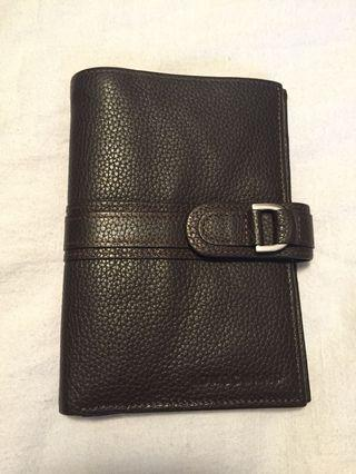Longchamp Le Foulonné Pebbled Leather Wallet