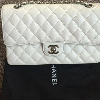 Chanel medium flap bag - white