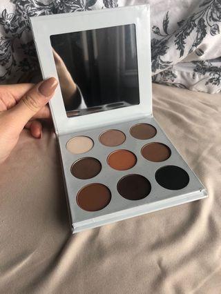KYLIE bronze eyeshadow palette