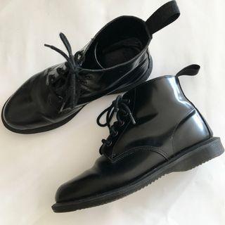 Doc Martens Emmeline Boots