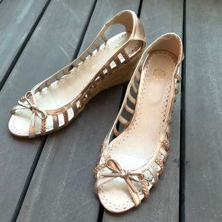 Japan Brand Champagne Rose gold wedge sandals 👡 #ENDGAMEyourEXCESS