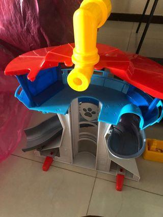 🚚 Sale of Pre-owned Paw Patrol- The Lookout Playset with slide