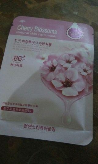 Masker Rorec Cherry Blossom