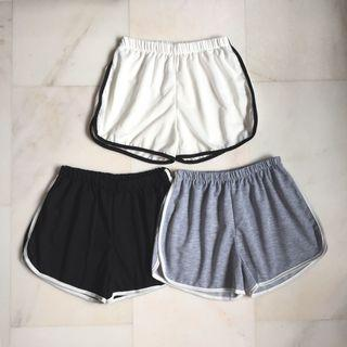 Basic Shorts, Black Shorts, Grey Shorts, White Shorts, Casual Shorts, Sport Shorts, Running Shorts, Gym Shorts, Curved Shorts, Strippy Shorts, Side Stripe shorts, Stretchy Shorts, Short, Runner Shorts, Camp Shorts, Pants