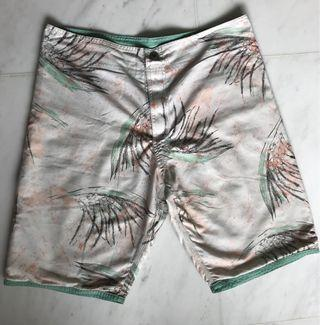 🚚 Men's beach shorts